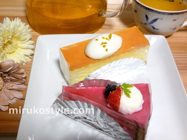 ケーキ工場カーディナルのフランボワーズとチーズケーキ