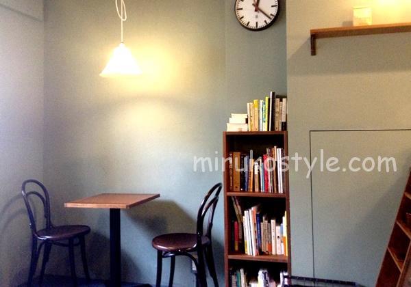 ザ・モダンコーヒーの席3