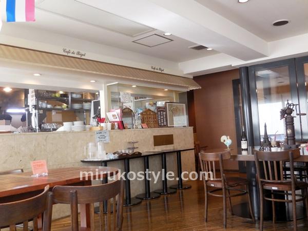 2階のカフェの雰囲気