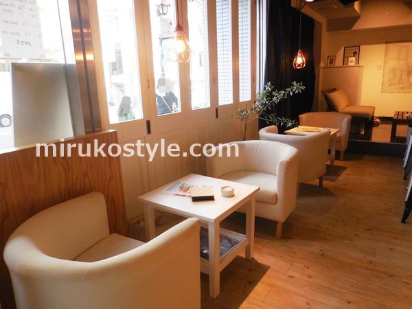 鷺沼駅 北口のカフェ ニューヨークコーヒーの席3